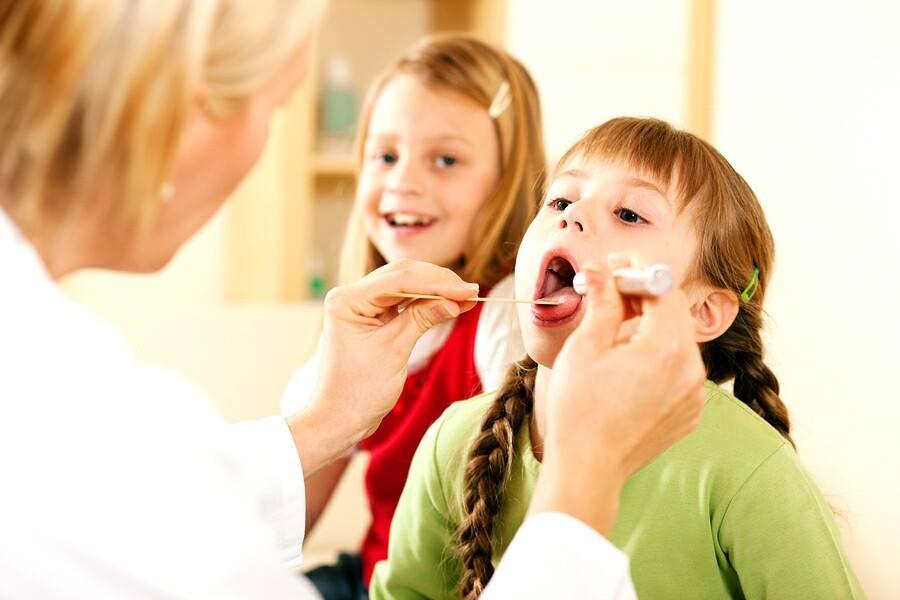 Survey: doctors, tonsillitis, and CAM 5